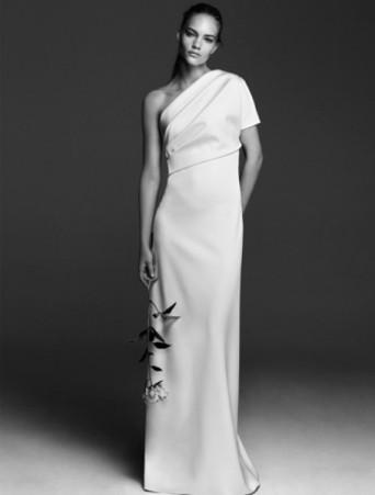 vestito da sposa max mara bridal monospalla in cady con drappeggio asimmetrico.