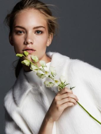 vestito da sposa max mara particolare scollo mantella in tessuto di lana d'angora