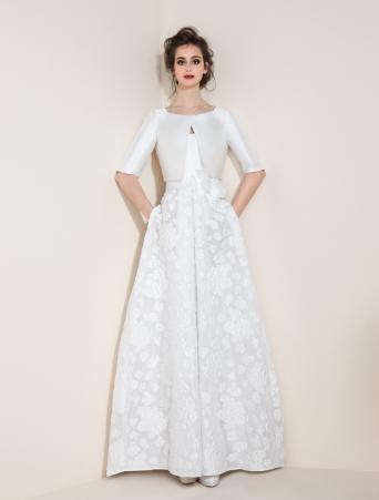 vestito da sposa Tosca Spose abito svasato con corpetto in cady e gonna in organza stampata giacchino in mikado manica tre quarti