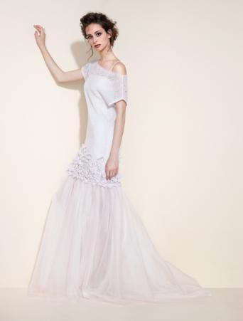 Tosca Spose abito scivolato con maglia lunga in mohair e firellini 3D sul bordo