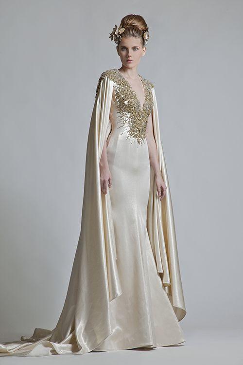 abito da sposa stile fantasy avorio e oro