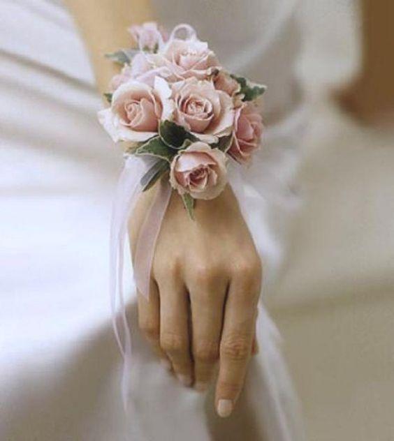 bouquet da sposa a bracciale