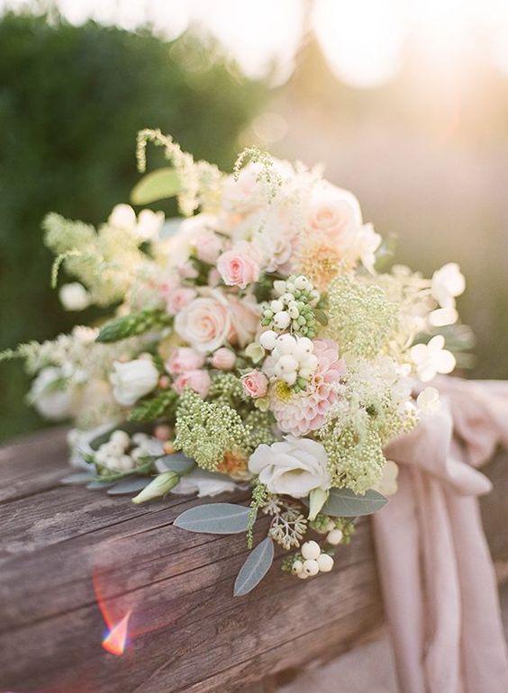 bouquet da sposa primaverile