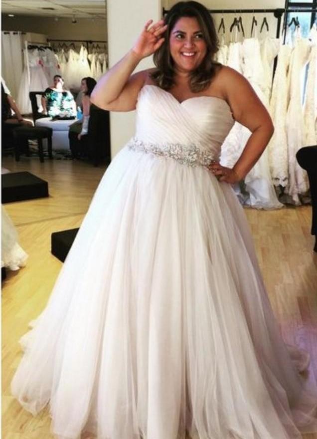 abito sposa curvy  decolletè drappeggiato