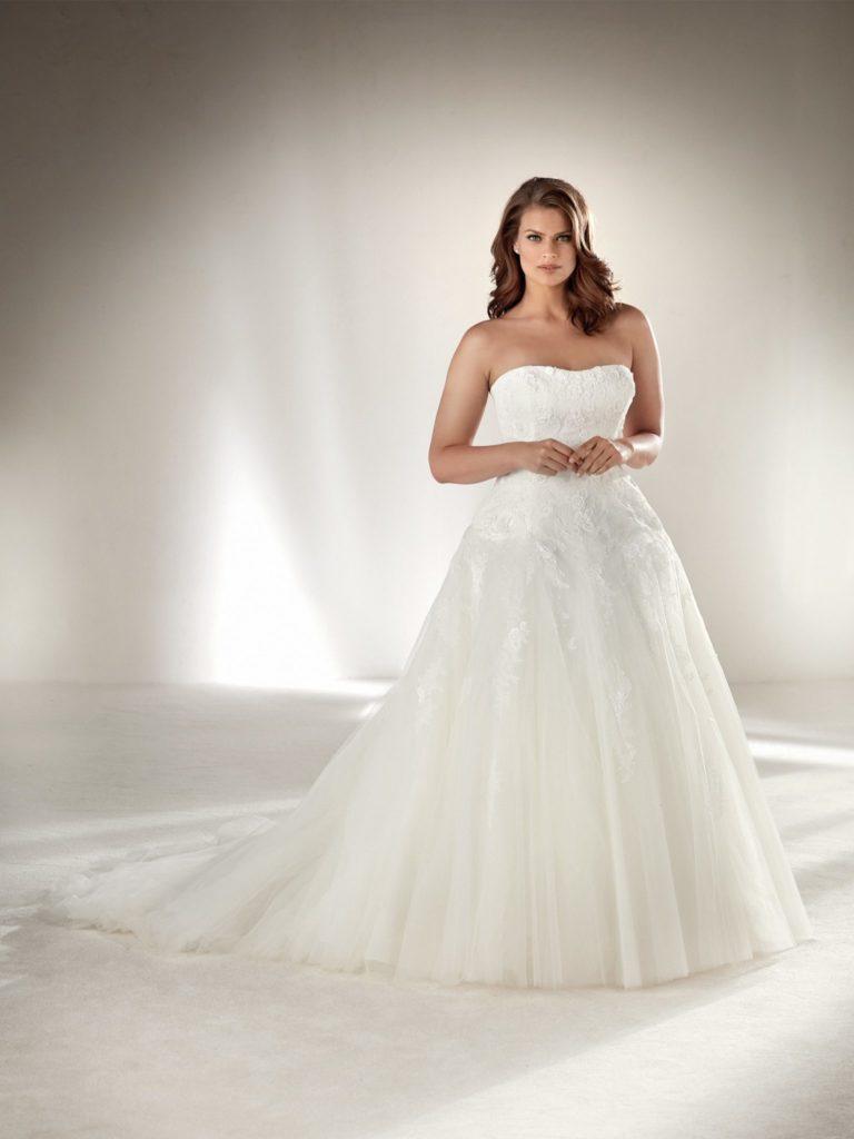 vestito da sposa curvy ampio decolletè