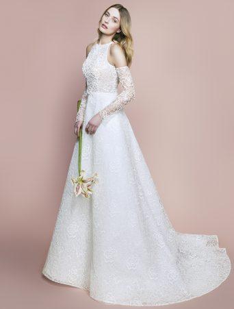 vestito da sposa svasato Le spose di giò doppiato in pizzo rebrodee scollo americana con manicotti