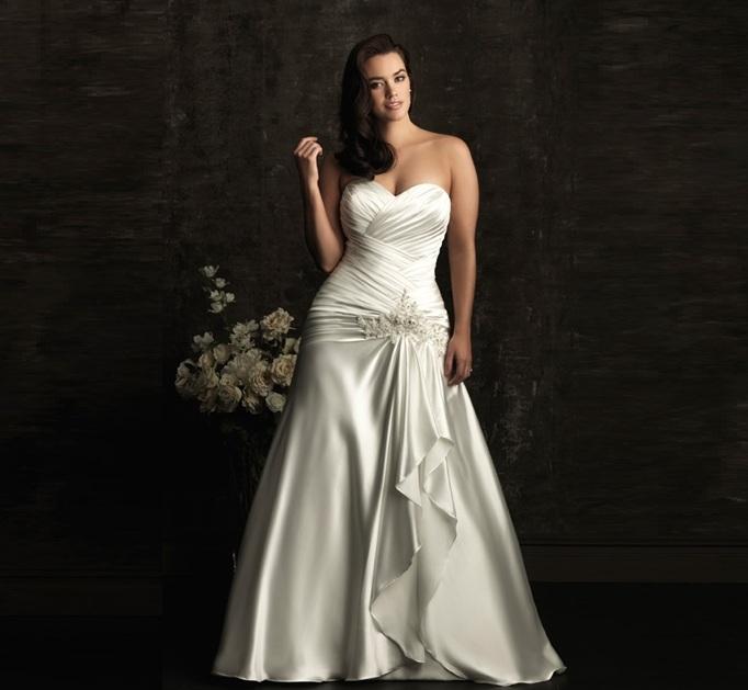 vestito da sposa curvy drappeggiato