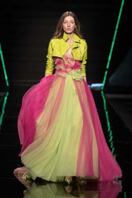 vestito da sposa colorato collezione 2019 Elisabetta Polignano