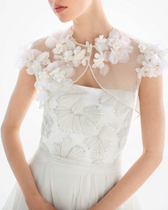 Coprispalle sposa con fiori effetto 3D in organza
