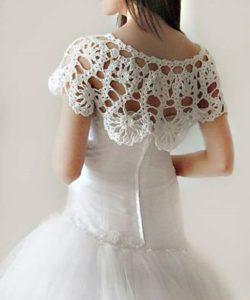 mantellina coprispalle sposa fatta ad uncinetto