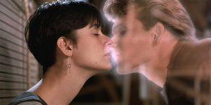 Demi Moore e Patrick Schwaize in Ghost