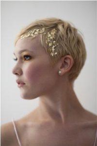 acconciatura per sposa con capelli cortissimi
