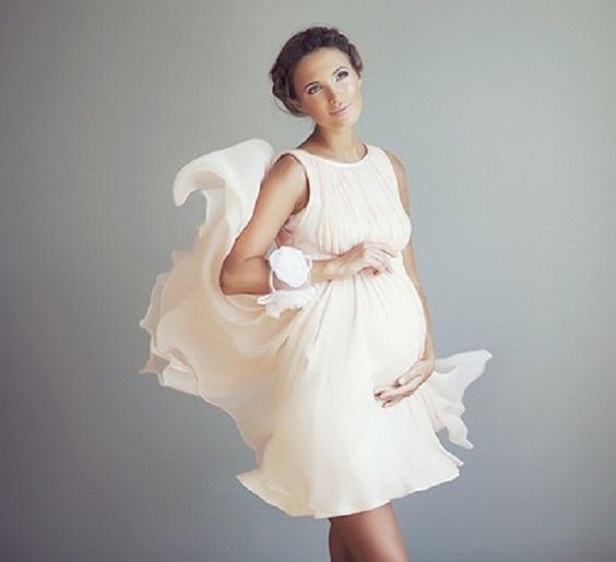 abito da sposa corto per gravidanza in georgette