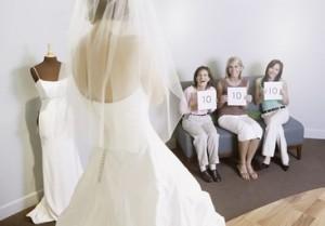 prova dell'abito da sposa