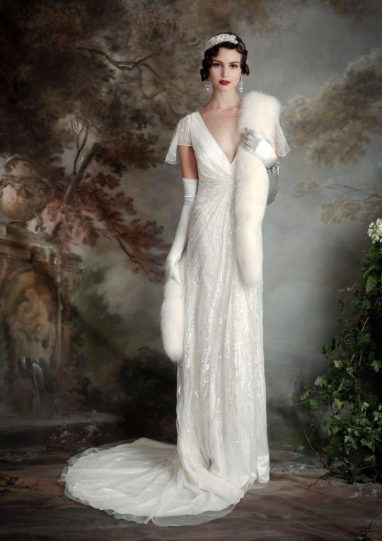 abito da Sposa anni trenta con guanto lungo