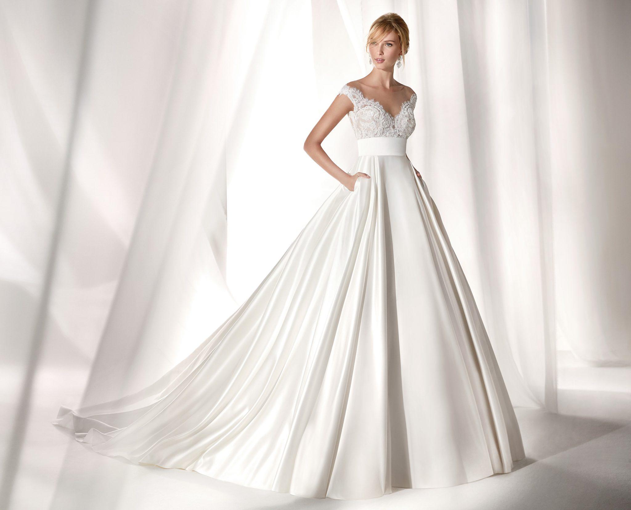 abito da sposa Nicole sposa con corpetto in pizzo scollatura omerale gonna  a vita alta in 59843d88ac55