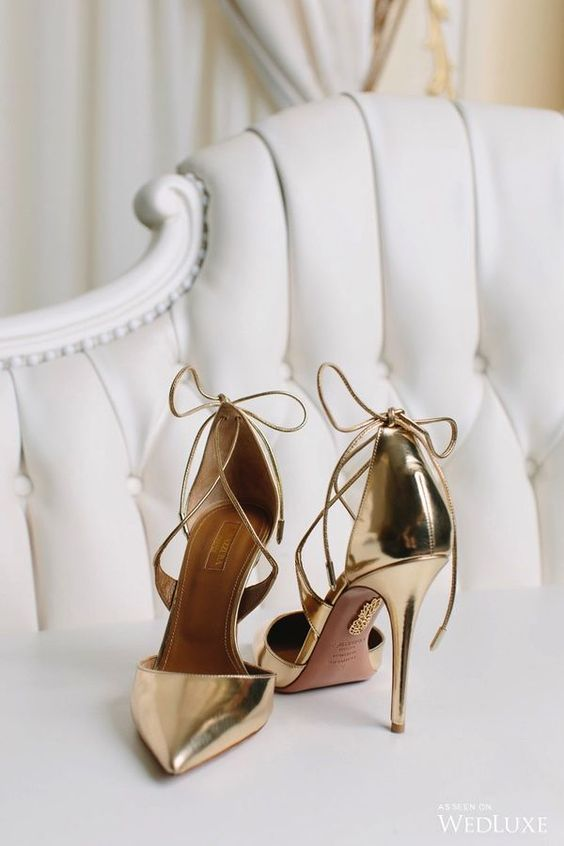 scarpe da sposa d'oro