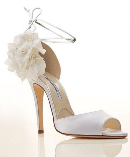 sandalo sposa con applicazione floreale