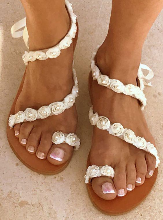 sandali da sposa per matrimonio in spiaggia