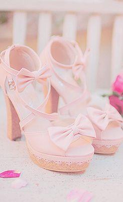 sandali da sposa rosa con plateau e taccoin sughero