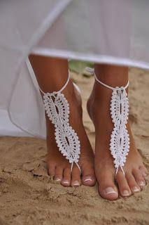 sandali piede nudo sposa fatti ad uncinetto nozze in sppiaggia