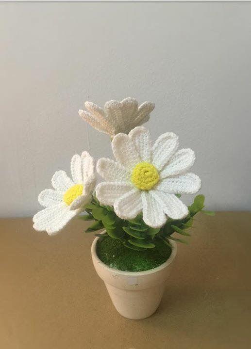 bomboniera sposa con fiore all'uncinetto