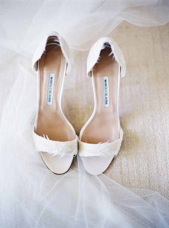 scarpe da sposa con piume