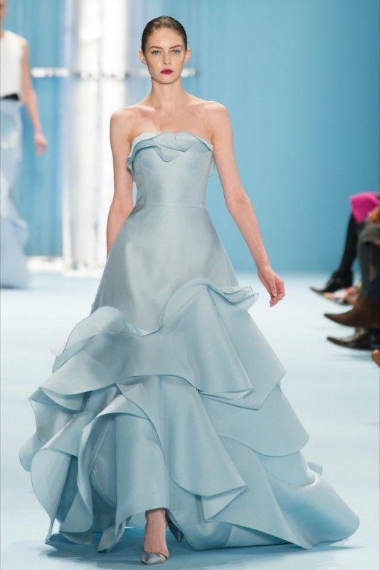 abito da sposa azzurro in organza