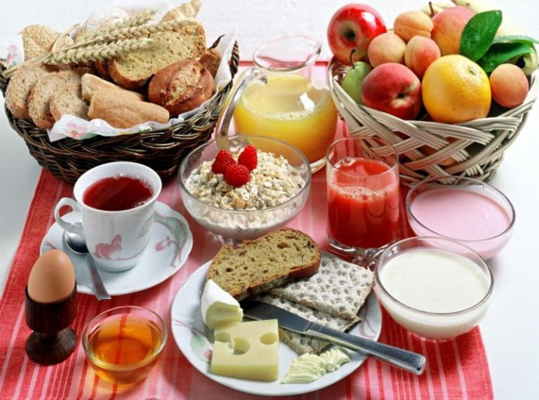 colazione mattutina abbondante