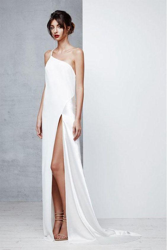 abito da sposa minimal sexy