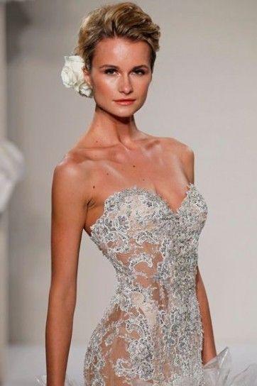 abito da sposa prezioso