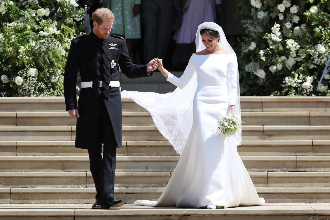 meghan markle wedding dress