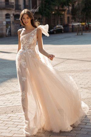 abito da sposa monospalla  rosa
