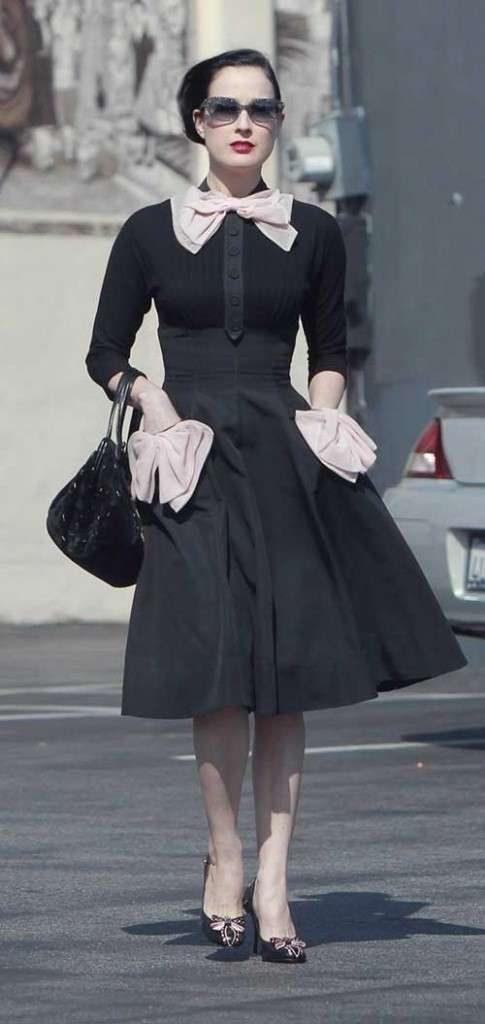 abito da cerimonia bianco e nero anni 50