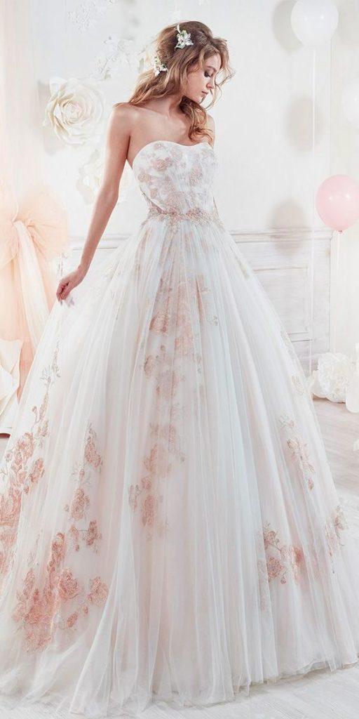 abito da sposa in tessuto floreale stampato con tulle sovrapposto