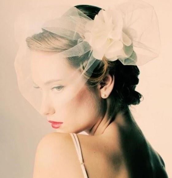 veletta in tulle sposa con fiore in organza