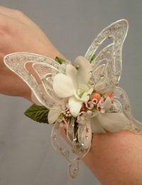 bouquet sposa da polso con farfalle