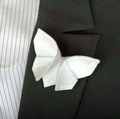 pochette sposo a forma di farfalla