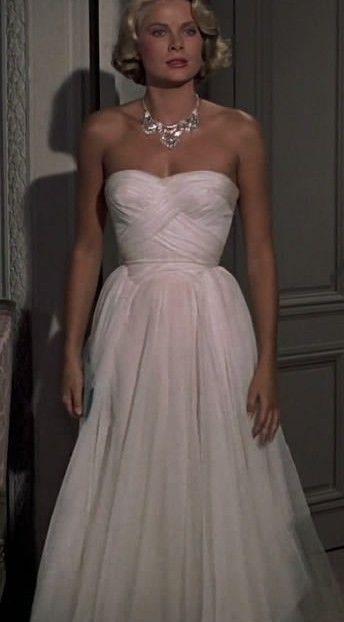 Grace Kelly ispira il look sposa abito bianco in chiffon con incroci drappeggiati
