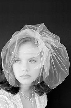 acconciatura sposa in tulle point d'esprit