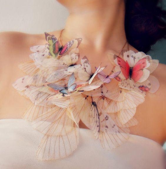 girocollo sposa  di farfalle in organza