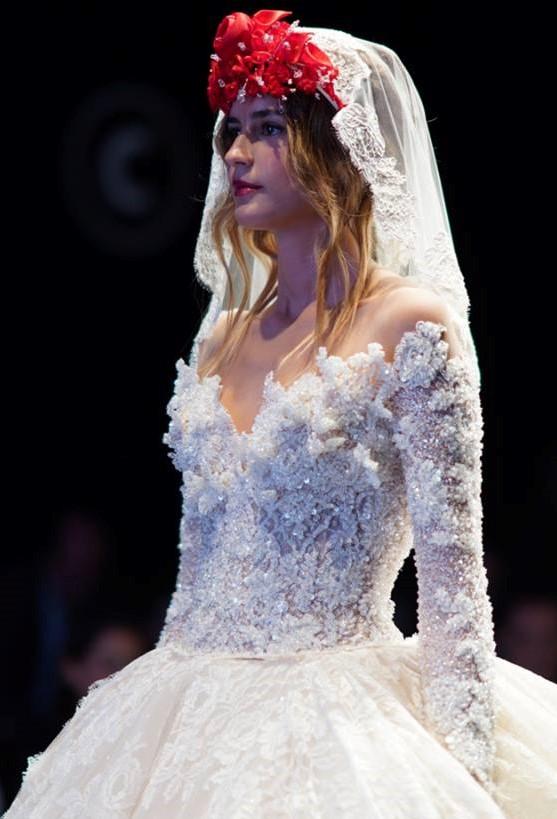 Corpetto sposa in cristalli  Amelia Casablanca 2020