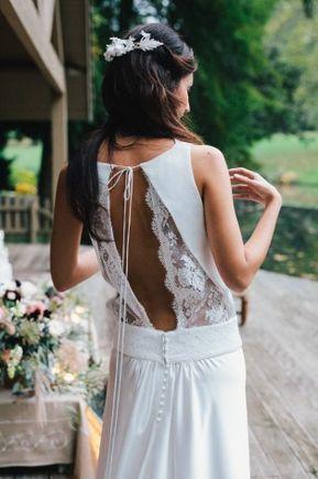 abito da sposa con schiena particolare