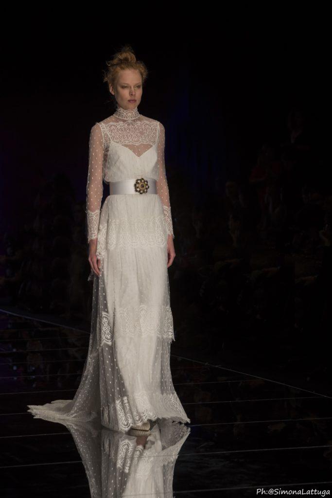 abito da sposa collezione 2020 Elisabetta Polignano