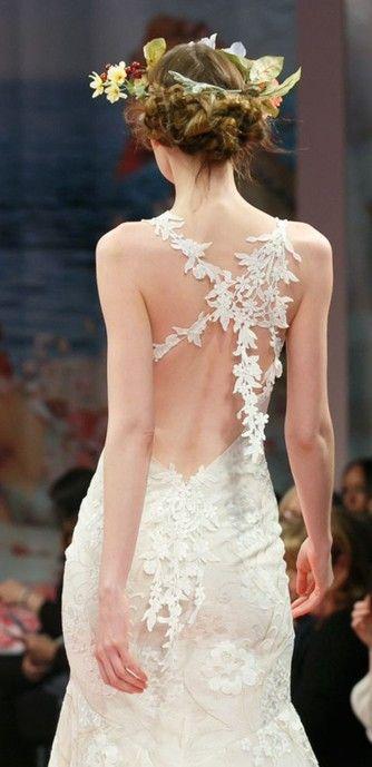 abito da sposa sottoveste con profonda scollatura sull aschiena