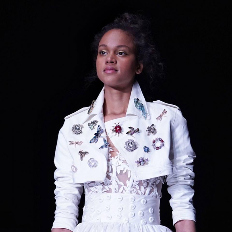 Chiodo in pelle  bianco abito da sposa Collezione 2020 Elisabetta Polignano