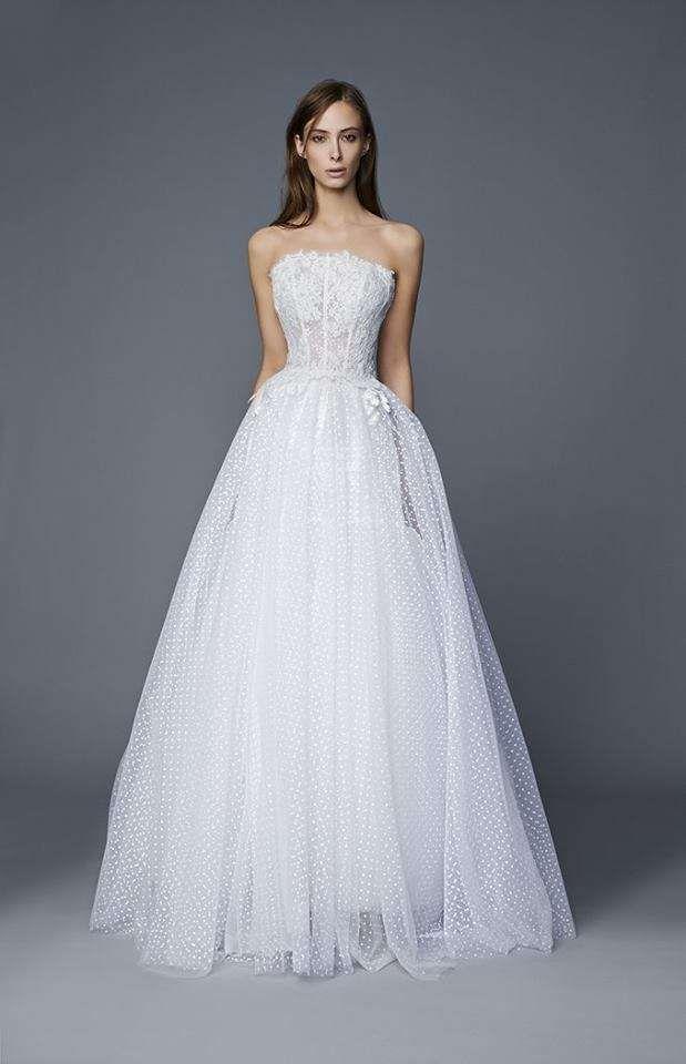 vestito da sposa in plumetis trend sposa 2020