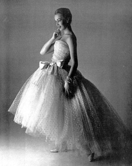 vestito da sposa vintage Chiristian Dior in tulle point d'esprit