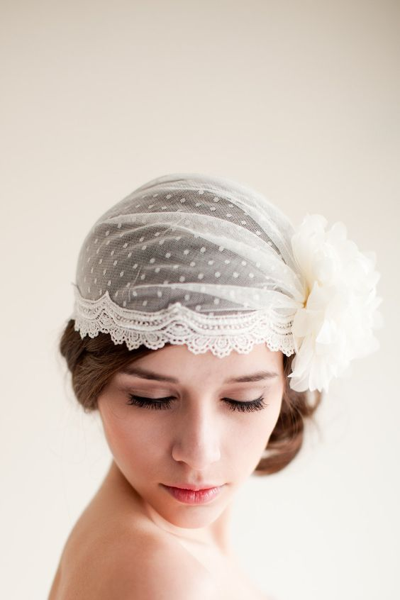cloche sposa point d'esprit