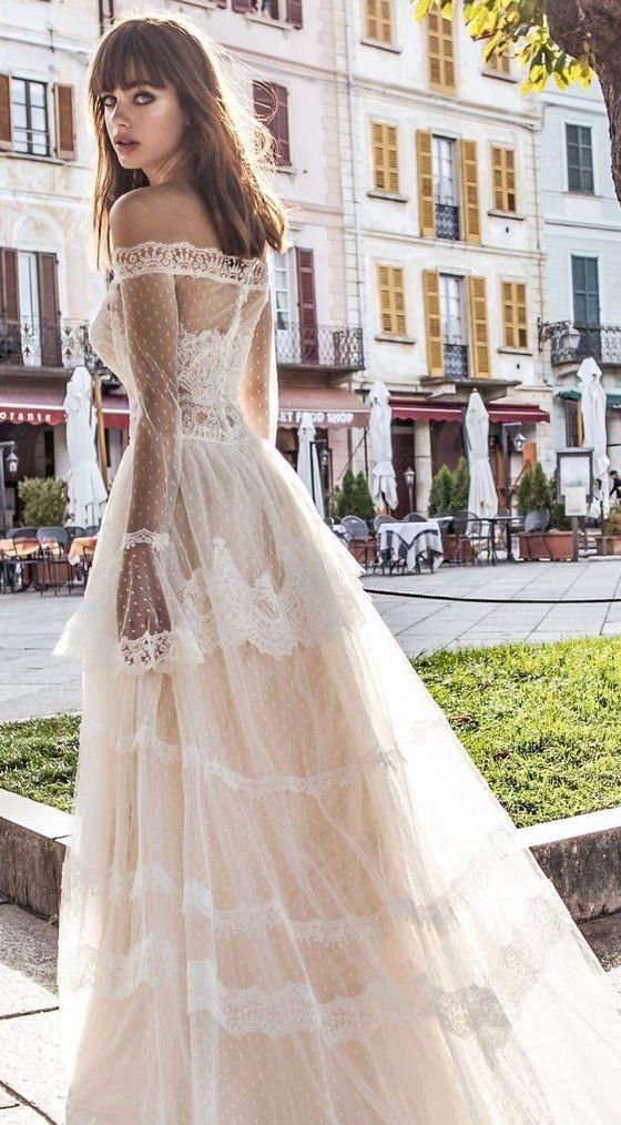 abito da sposa romantico boho chic in point d'esprit  e pizzo